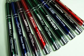 Grawerowane długopisy reklamowe aluminiowe